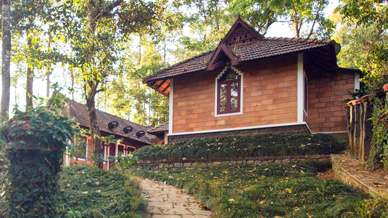 Misty Woods Resort | Cottages | The Mansion House